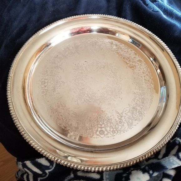 unknown Other - Very tarnished silver platter